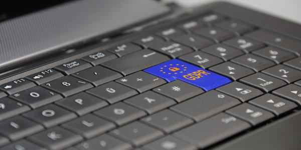 A természetes személyek személyes adataik kezelésével összefüggő szabályok
